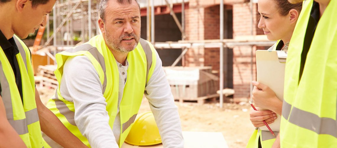 Tradies should be wearing ochre sun sunscreen protection
